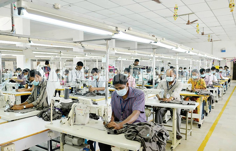 Knitting Units In Tirupur : Tirupur garment exports to touch rs cr in years